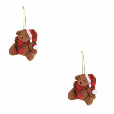 2x kersthangers knuffelbeertjes bruin met rode sjaal en muts 7 cm