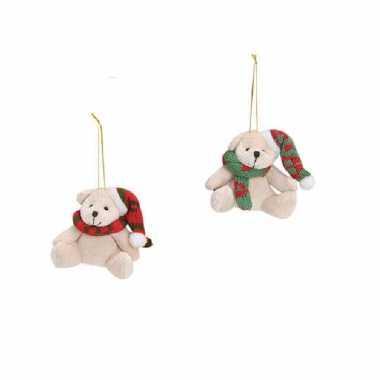 2x stuks kersthangers knuffelbeertjes wit met sjaal om 7 cm