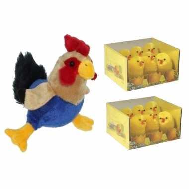Pluche kippen/hanen knuffel van 20 cm met 12x stuks mini kuikentjes 5 cm