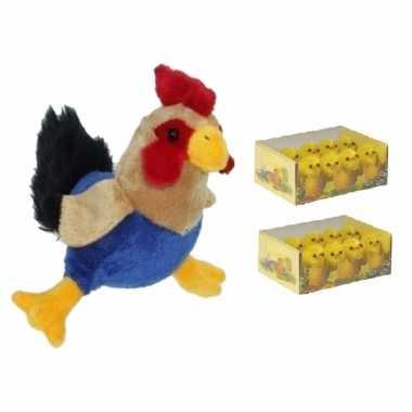 Pluche kippen/hanen knuffel van 20 cm met 16x stuks mini kuikentjes 3 cm