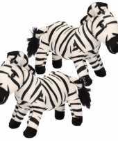 2x stuks pluche zebra knuffel 18 cm