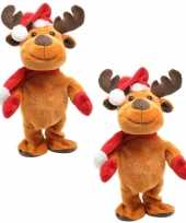 2x stuks rendier pop knuffels dansend 30 cm bewegende kerstfiguren kerstpoppen