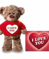 Valentijn valentijnskaart en knuffelbeer 24 cm met i love you rood shirt