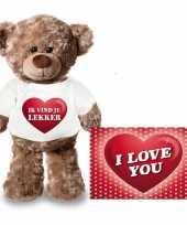 Valentijn valentijnskaart en knuffelbeer 24 cm met ik vind je lekker shirt
